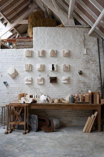 barn studio: Workshop, Studios, Workspace, White Brick