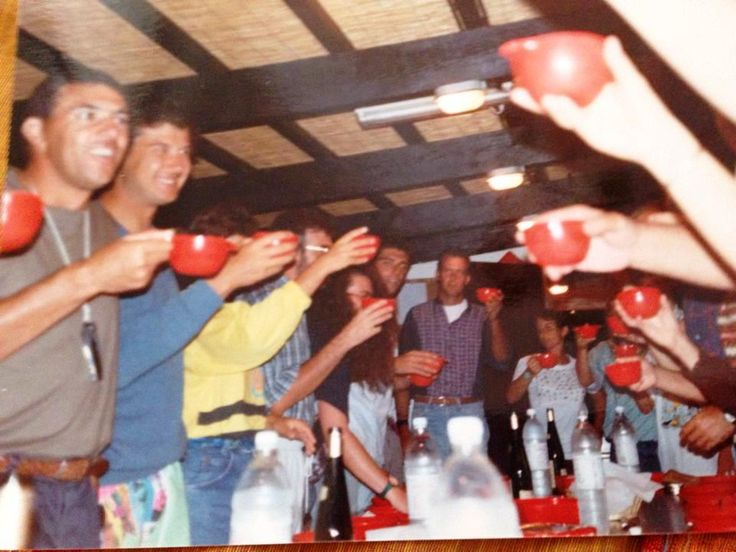 septembers 1991:  Cheers with the legendary red cups. ph by carolina fossati