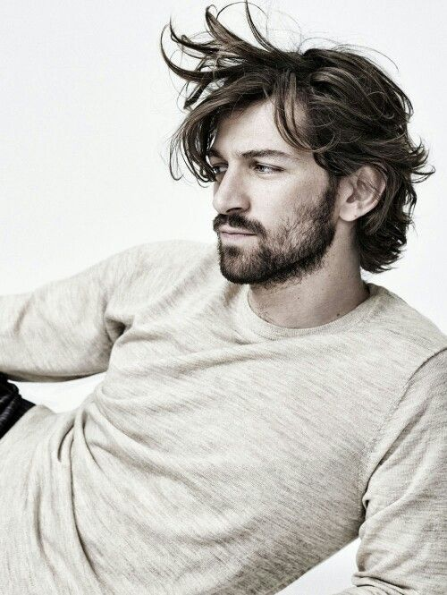 Michiel Huisman Watching Orphan Black and falling in love with this man....
