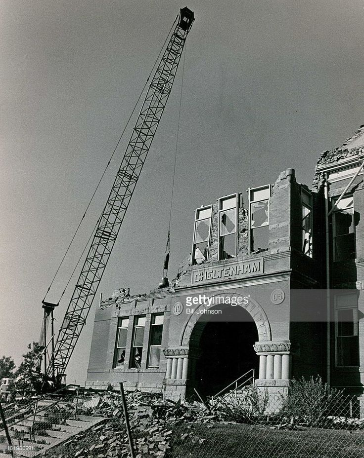 OCT 6 1978, OCT 7 1978; Cheltenham School Is Reduced To Rubble By Wrecking Crews; The school, which was built in 1891 and added to in 1905 closed in 1970 when new school was built nearby.; Credit: Denver Post Photo;