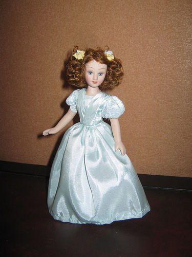 Helen-Graham-The-Tenant-of-Wildfell-Hall-DeAgostini-porcelain-doll