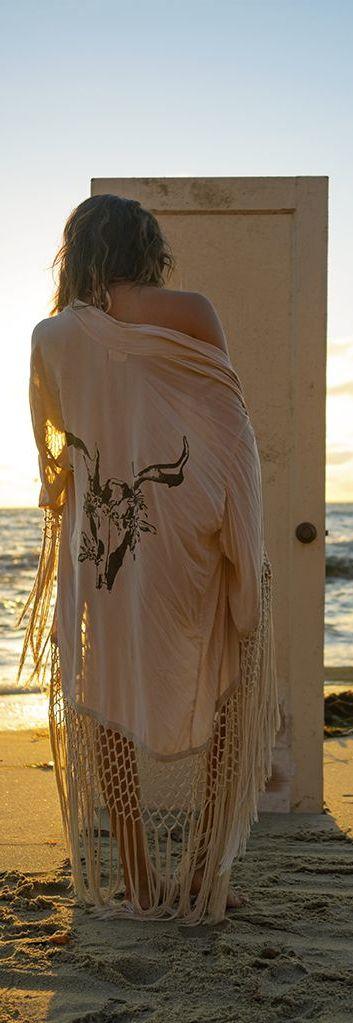 boho, feathers + gypsy spirit. For more followwww.pinterest.com/ninayayand stay positively #pinspired #pinspire @ninayay