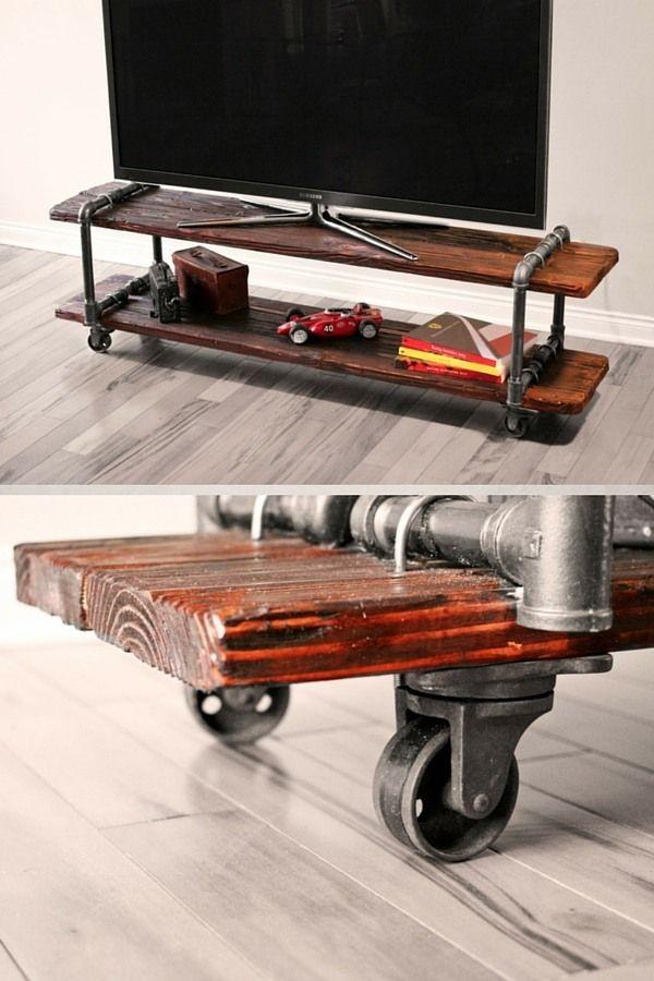 Meuble TV industriel pas cher DIY  http://homelisty.com/meuble-tv-industriel-pas-cher