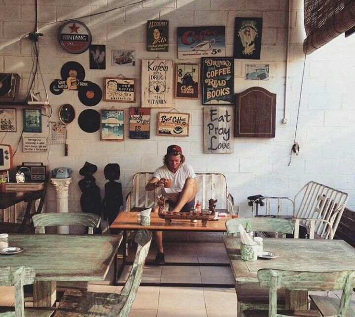 Kafein Bali is The King Of Coffee in Bukit Bali Island.
