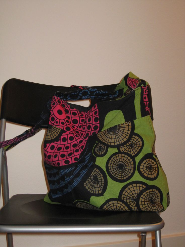 my everyday bag made in 2012 - and still enjoying sewing bags to bring joy to loved ones