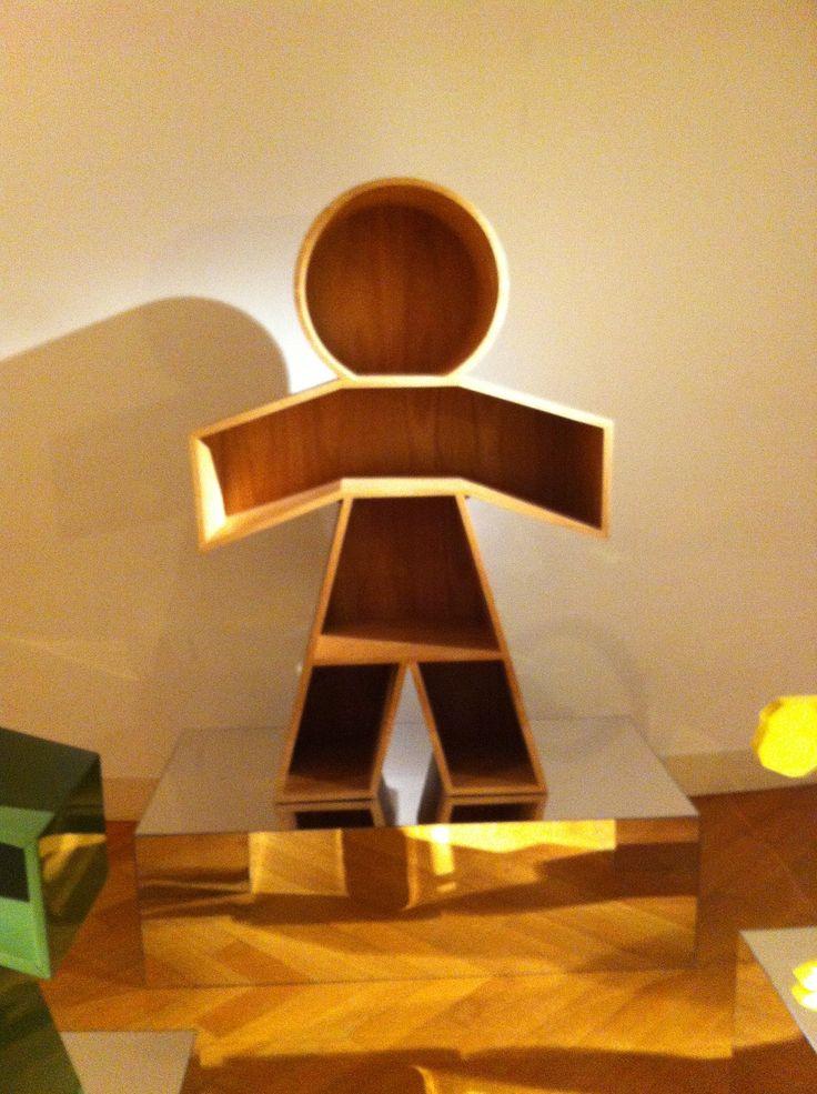 Bookcase created by Brazilian designer at Milan Satellite Exhibition