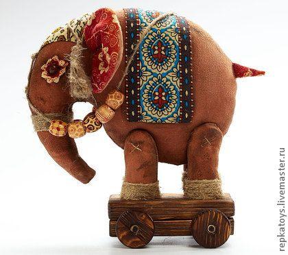 Слон - коричневый,слон,слоник,слоненок,для дома и интерьера,дерево,ароматизированная игрушка