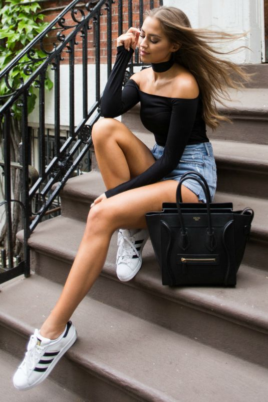 Kenza Zouiten + stylish and casual + denim shorts + off the shoulder top + perfect for everyday spring wear + both affordable and achievable Top: Asos, Shorts: Grlfrnd Denim.
