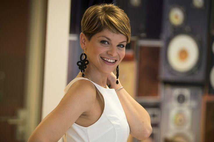 Alessandra Amoroso  #hair #italia #loveit #vivereacolori