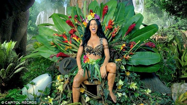 Here me roar: Katy Perry makes herself at home in the jungle