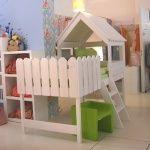 Kinder Hochbetten Spielbett / Kinderbett BAUMHAUS, Massivholz, weiß, inkl. Lattenrost, 90x200cm    Rakuten.de