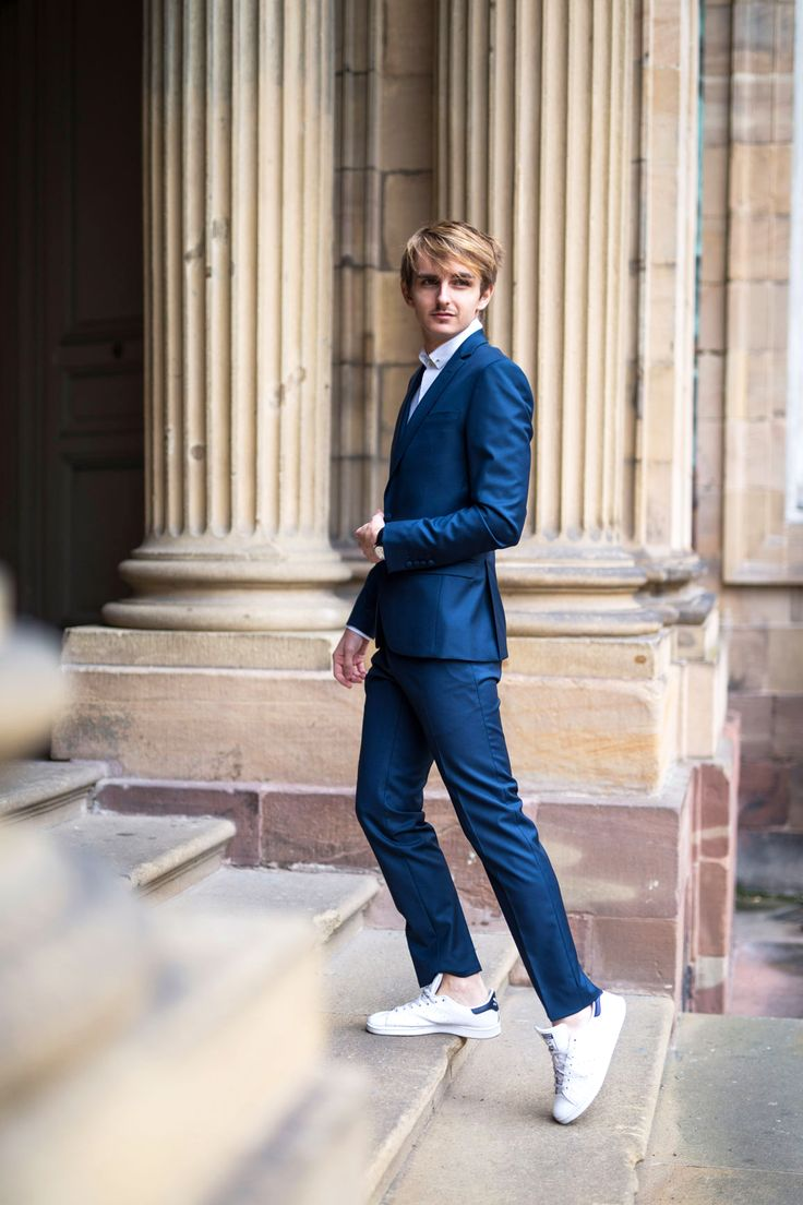 EDITO. Suit and sneaker - Faubourg Saint Sulpice - costume sur mesure - bleu canard - mode homme - menstyle