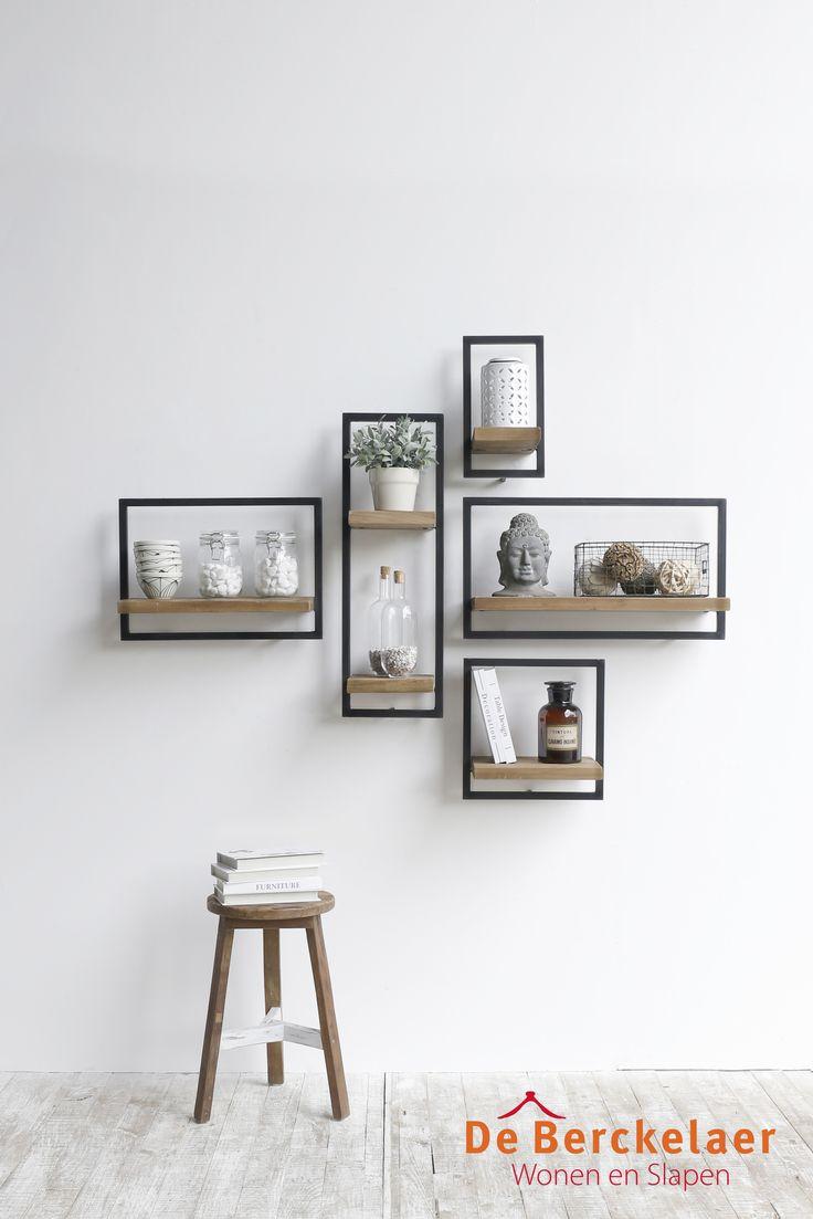 SHELFMATE is een uniek schappen systeem dat bestaat uit vijf verschillende elementen waarmee je oneindig veel composities kunt maken. Het maakt niet uit hoe lang, kort of breed je muur is, met SHELFMATE vind je gegarandeerd een passende oplossing. #DIY #maatwerk #boekenplank #teak #urban #shelfmate #dbodhi #berckelaerhomecollection #interieur #design #inspiratie #industrieel #wanddecoratie #wandplanken