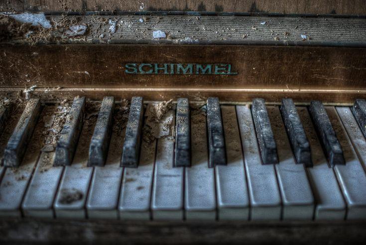 Piano Schimmel Digital Art