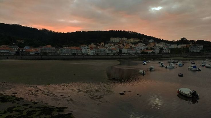 Porto De Corcubion #CostaDaMorte vía @ferrisbd88 #Galicia #SienteGalicia