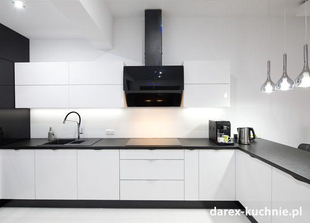 Biala Kuchnia Z Barem Kitchen Remodel Small Kitchen Room Design Modern Kitchen Design