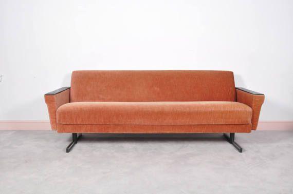 Canapé lit de repos au milieu du siècle moderne
