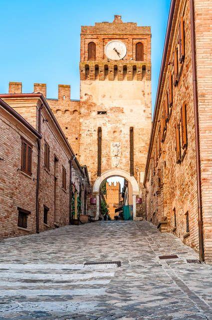 I borghi più belli delle Marche: Gradara, Pesaro e Urbino
