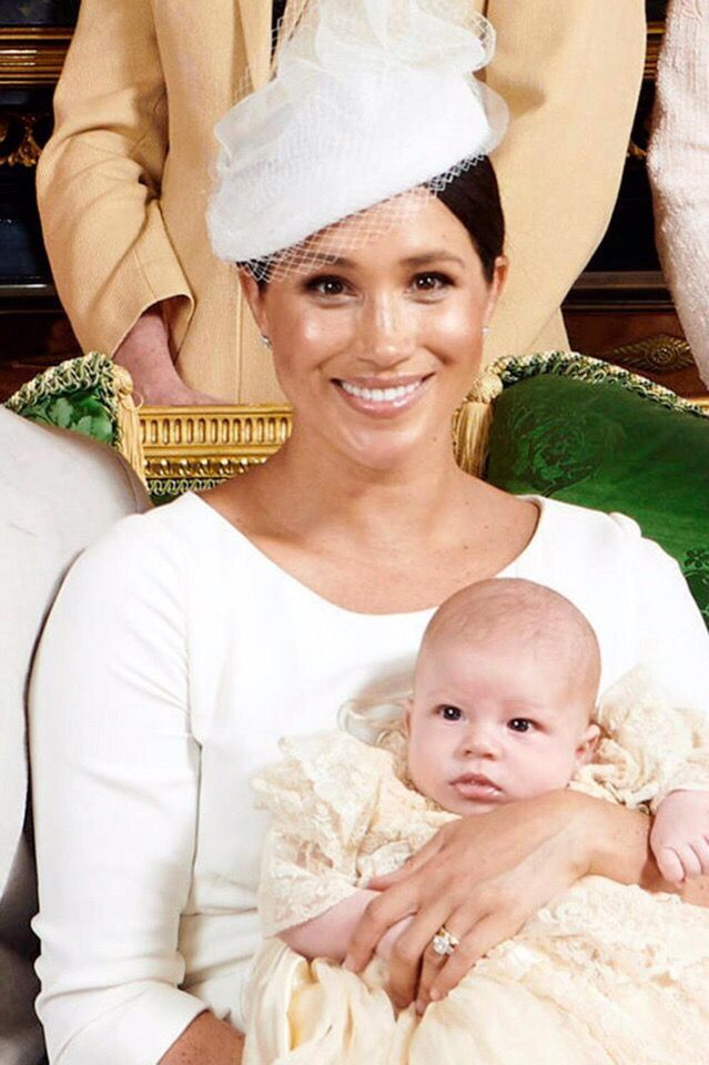 Pin By Staci Holtby On Archie Baby Sussex Prince Harry And Megan Prince Harry Prince Harry And Meghan