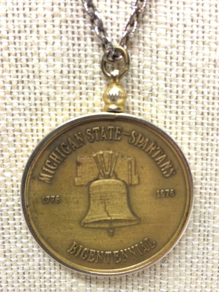 Vtg 1976 Michigan State Spartans Bicentennial Coin Pendant Necklace Coach Rogers  | eBay