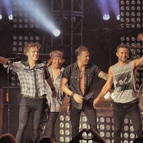 McFly at Royal Albert Hall - Twitter / edwardsfab