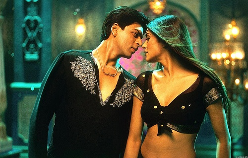 SRK and Sushmita Sen. I really like this pairing. #SRK #Bollywood
