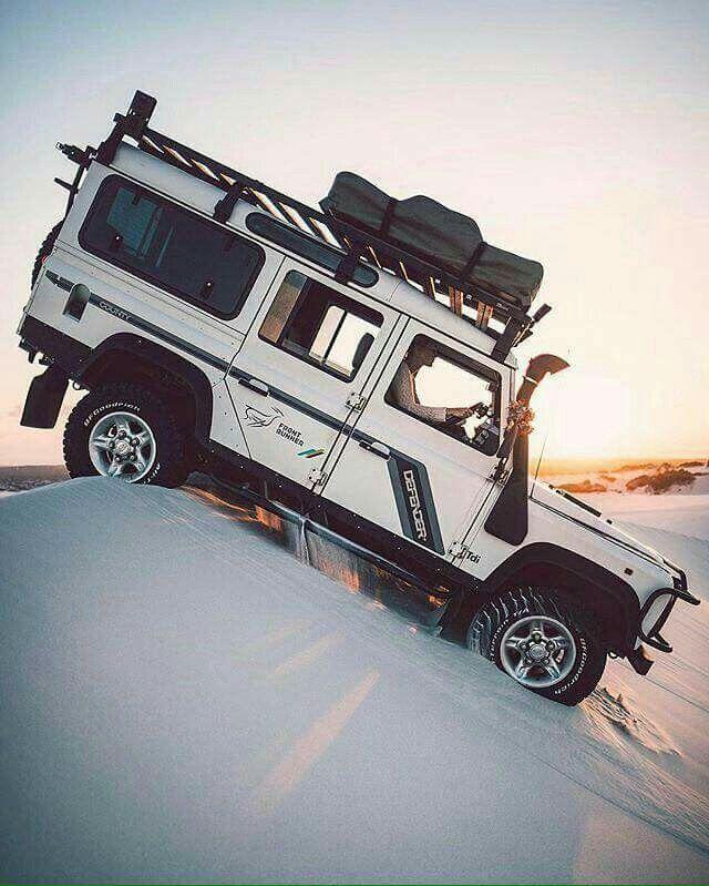 Land Rover Defender 110 Td5 Sw County adventure dune