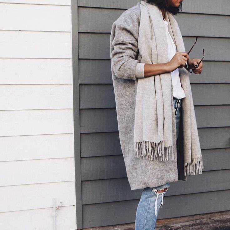 UK Fashion Blogger | Youtuber | Londoner  ✂️One of the halves behind @novemknight  Sammi.maria