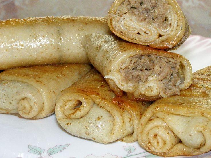 Блинчики с мясом рецепт---OMG an old Czech boyfriend of mine used to make these!!! SO GOOD!!! must learn the recipe.