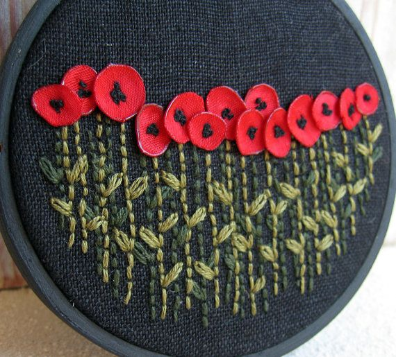Embroidery Hoop Poppies- I don't do embroidery, but if i did, i'd want it to look like this.