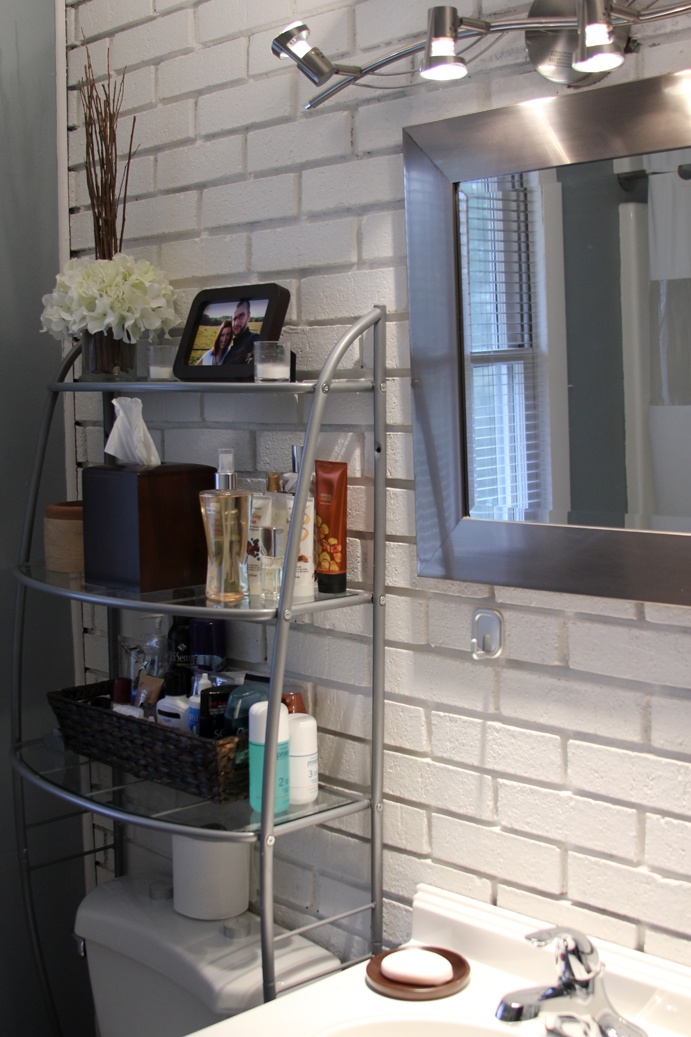 17 best images about bathroom ideas on pinterest vintage for Using track lighting in bathroom