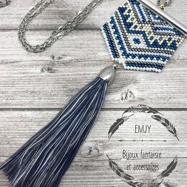 sautoir Malona avec un peu plus de luminosité il ressort beaucoup mieux je trouve ! #emjy #motifemjy #emjyshop #faitmain #madeinfrance #miyuki #boho #pompon #sautoir #perles #beads #etsy #tissage #blue #silver #share #bohemian #miyukiaccessories #miyukiaddict #perlesmiyuki #passionmiyuki #boho #bohostyle