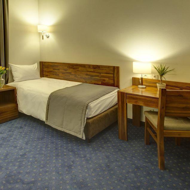 Hotel Piast Wrocław single room #siecsilfor #silfor #hotelesilfor #hotel…
