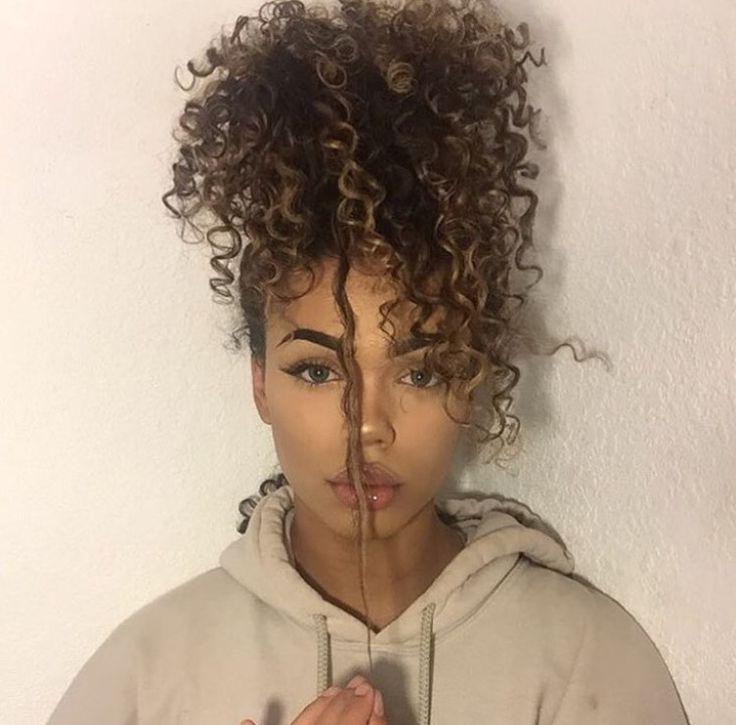 Cachos❤ Penteado Abacaxi