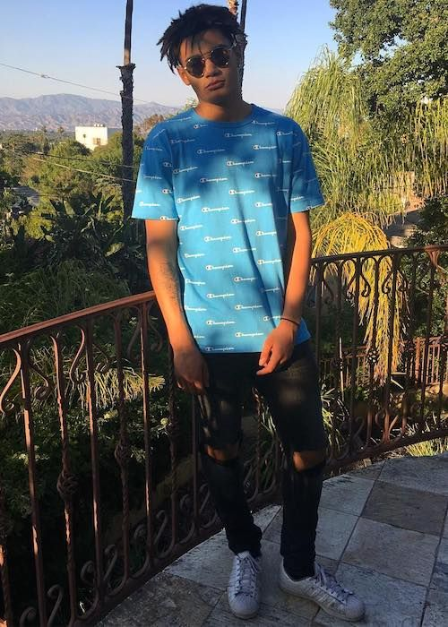 Zion Kuwonu Height Weight Body Statistics | Singers ...
