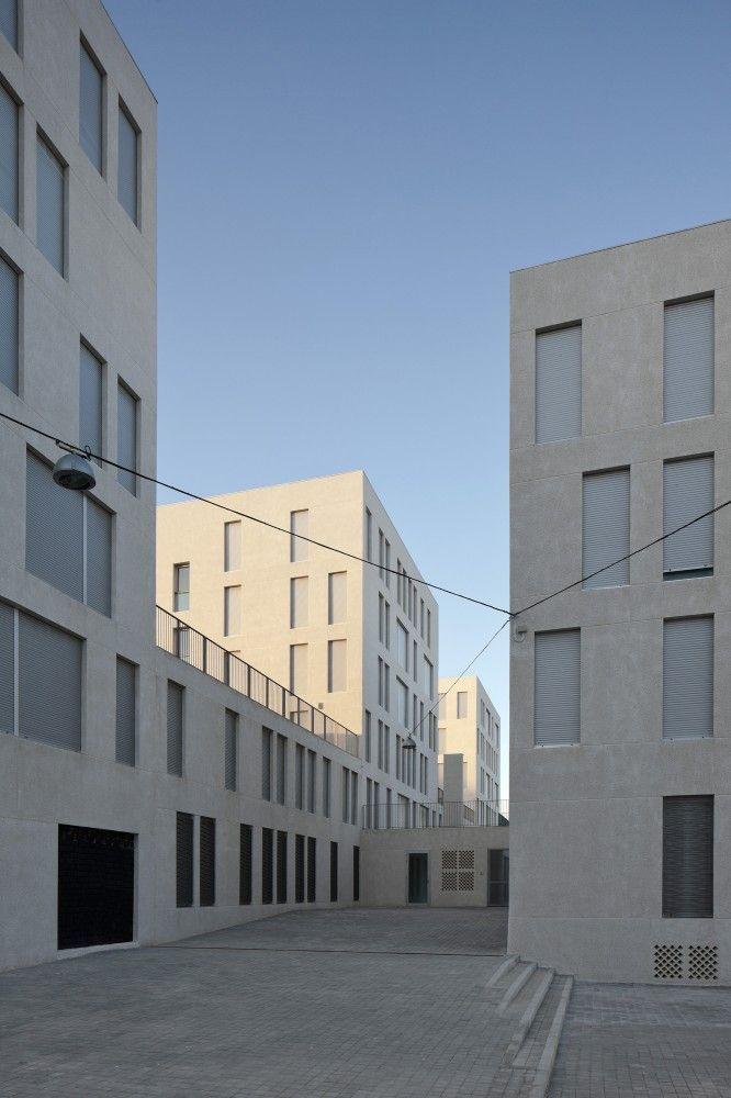 Social Housing In Ceuta / IND [Inter National Design]