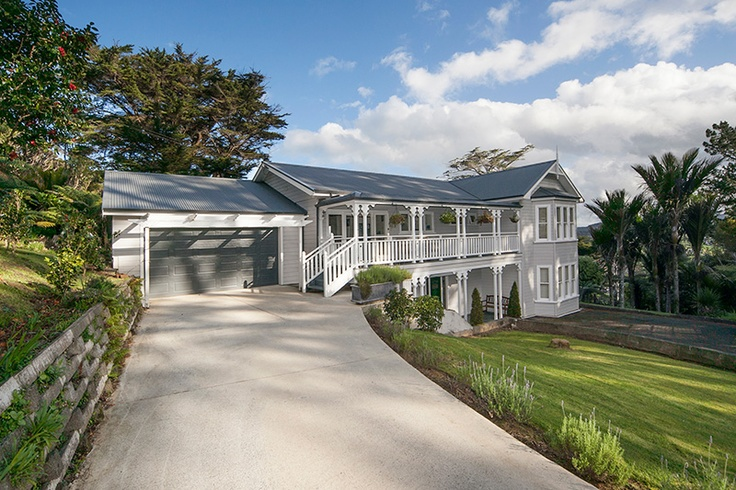 Titirangi, Auckland. Propertypics. Property, House and Real Estate Photography.
