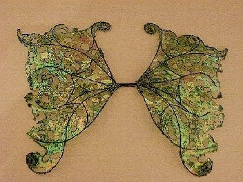 OOAK Fairy Wings-iridescente-Apple e chiave calce-bambole, orsi-(fatte su ordinazione) di chloe6788 su Etsy https://www.etsy.com/it/listing/53952805/ooak-fairy-wings-iridescente-apple-e