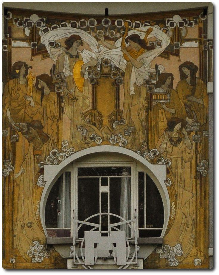 967 best art nouveau and deco architecture images on for Decoration facade maison