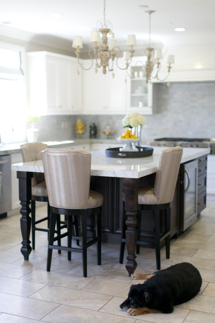 Kitchen Islands With Seating: Peek Inside This Steal-Worthy Los Angeles Home + Dream