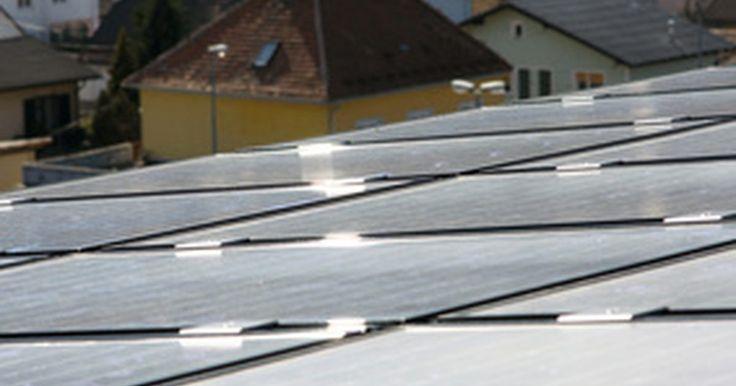 Fuentes de energía alternativas para los hogares. Los dueños de casa que desean usar fuentes de energía alternativas para sus hogares pueden aprovechar el sol, el viento y el agua como fuente de energía potencial. Usar fuentes de energía potenciales es beneficioso para el medioambiente y financieramente. La Asociación de Energía Eólica Americana nota que los dueños de casa que usan energía eólica ...