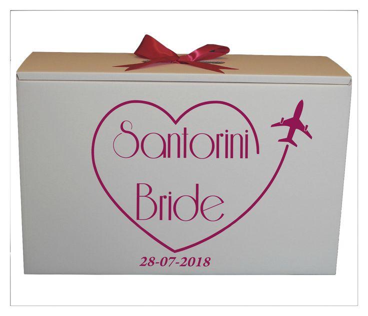 Santorini Wedding Dress Travel Box from http://www.bonbod.com #wedding