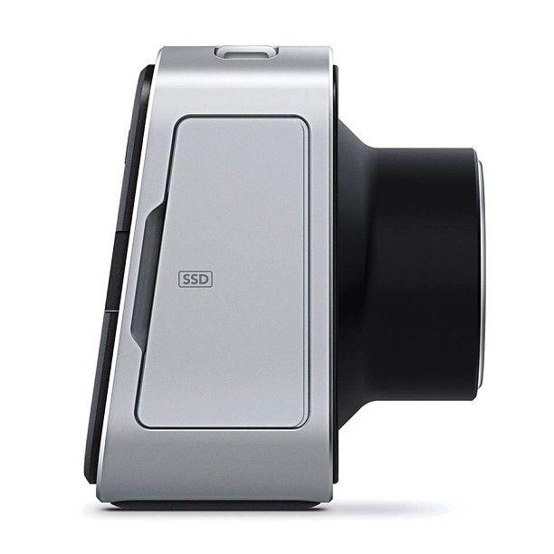 Black Magic Sinema Kamera 2.5 K – Raw Kayıt 13 Stop Dinamik Aralık SSD Hard Disk'e Cinema DNG Raw formatında kayıt ProRes ve DNxHD formatlarında kayıt Bütün EF mount objektiflerle uyumlu SDI ve Thunderbolt çıkışı Dokunmatik LCD ekran Intel Solid-State Drive – 240 GB SSD Hard Disk Swit S-8110s Harici Batarya HPRC 4300 Hardcase ile kiralanır.Rezervasyon & Bilgi için: 0533 548 70 01 info@filmekipmanlari.com http://filmekipmanlari.com/kiralik-black-magic-kamera/
