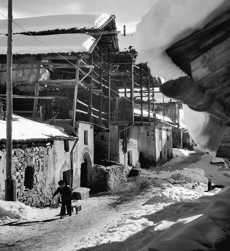 Hautes-Alpes, 1947, Saint Veran, France. Robert Doisneau