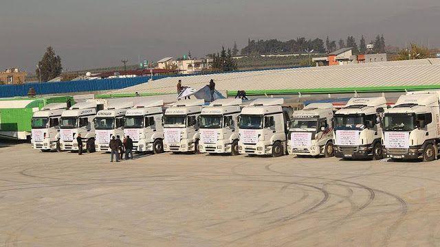 "12 ribu truk bantuan IHH ke Suriah  Ilustrasi (AA)  Lembaga Bantuan Kemanusiaan Turki (IHH) mengirim 1.000 truk bantuan kemanusiaan ke Suriah dalam tiga bulan pertama tahun ini. Kami telah mengirim 1.518 truk bantuan kemanusiaan termasuk bahan makanan dasar untuk wilayah Hama Homs pedesaan Aleppo dan Idlib"" ujar Selim Tosun penasihat media cabang Hatay. Tosun mengatakan NGO-nya berusaha membantu warga Suriah bersama organisasi-organisasi bantuan lainnya dari Turki dan luar negeri. IHH…"