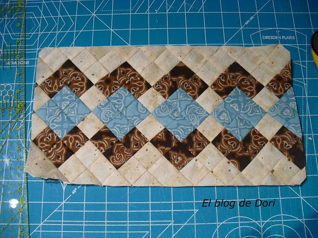 El blog de Dori: Tutorial Tiras Seminole-If you've ever done Seminole piecing before, the photos are all you need.  This is a stunning pattern. :-}