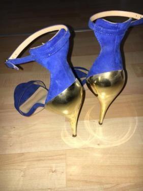 Verkaufe einen sehr stilvollen high Heel von Zara in blau mit goldener Rückseite. Der Schuh wurde...,Fashion sexy high Heel von Zara in Siegen - Siegen