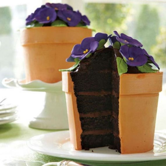 Perfect for our Flower Garden Party in April. Flower Pot Cake