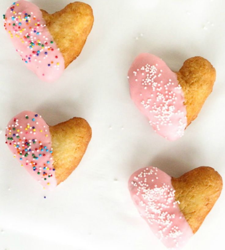 It seems like Christmas and New Year's were just yesterday, but in reality, Valentine's Day will be here before you know it. How will you be showing your love this year? Since we all know that the best way to the heart is through the stomach, we're...