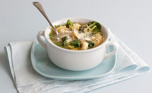 Epicure's Spinach and Pesto Tortellini Soup  (Copyright © Epicure Selections)